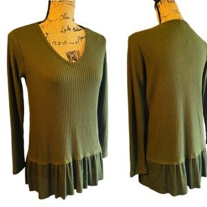 🍸 2/$20 ANTHRO MESH + LACE Olive Green Henley-S